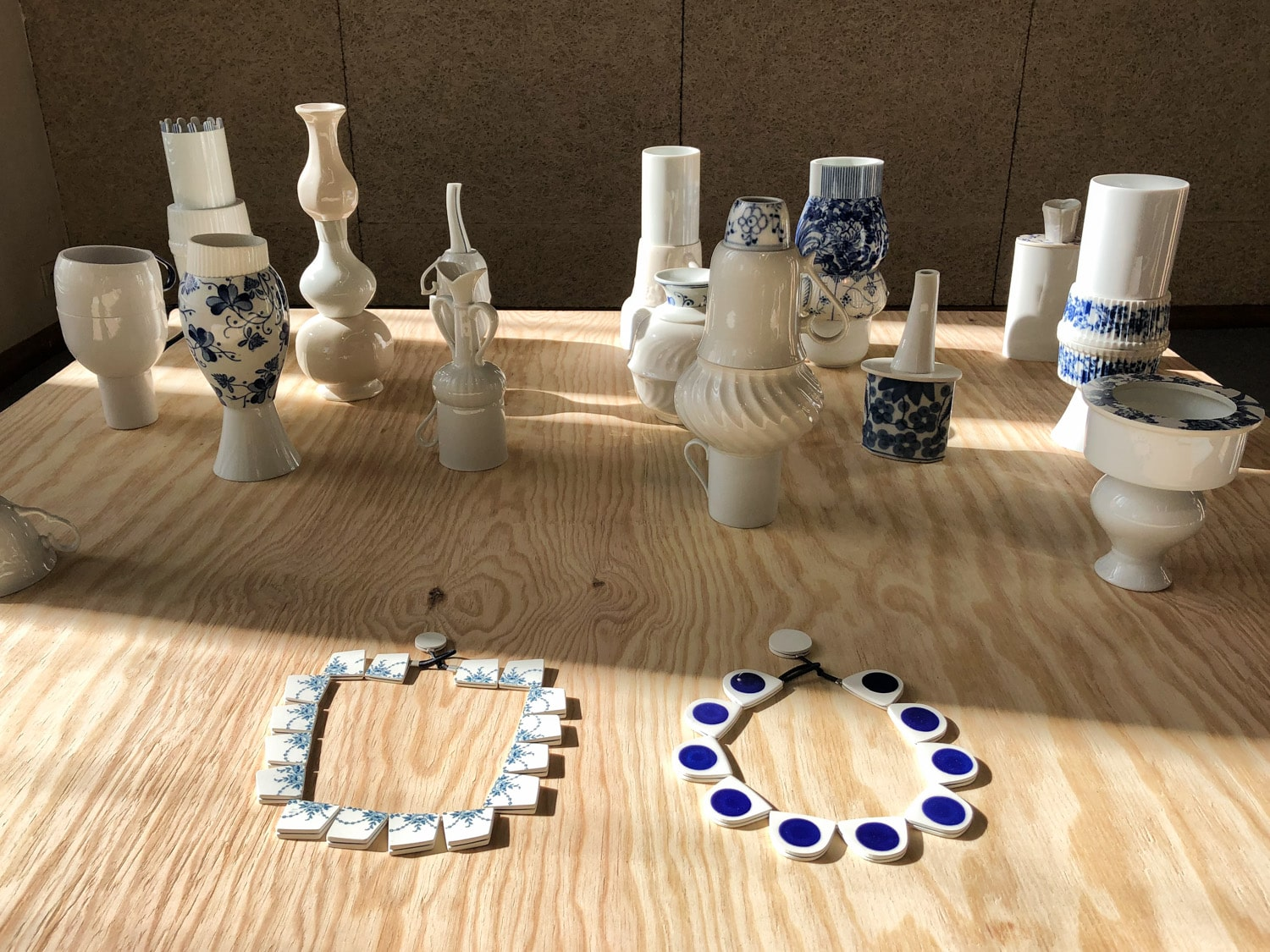 Julie Decubber's jewels and ceramics from old crockery