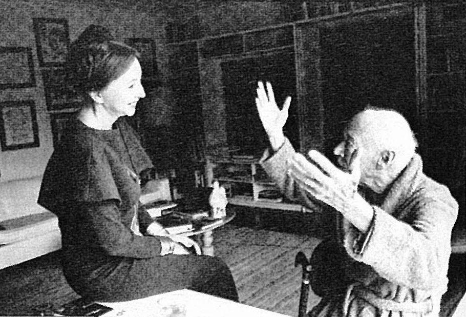 Henry Miller discussing with Anaïs Nin